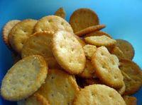 668357_crackers